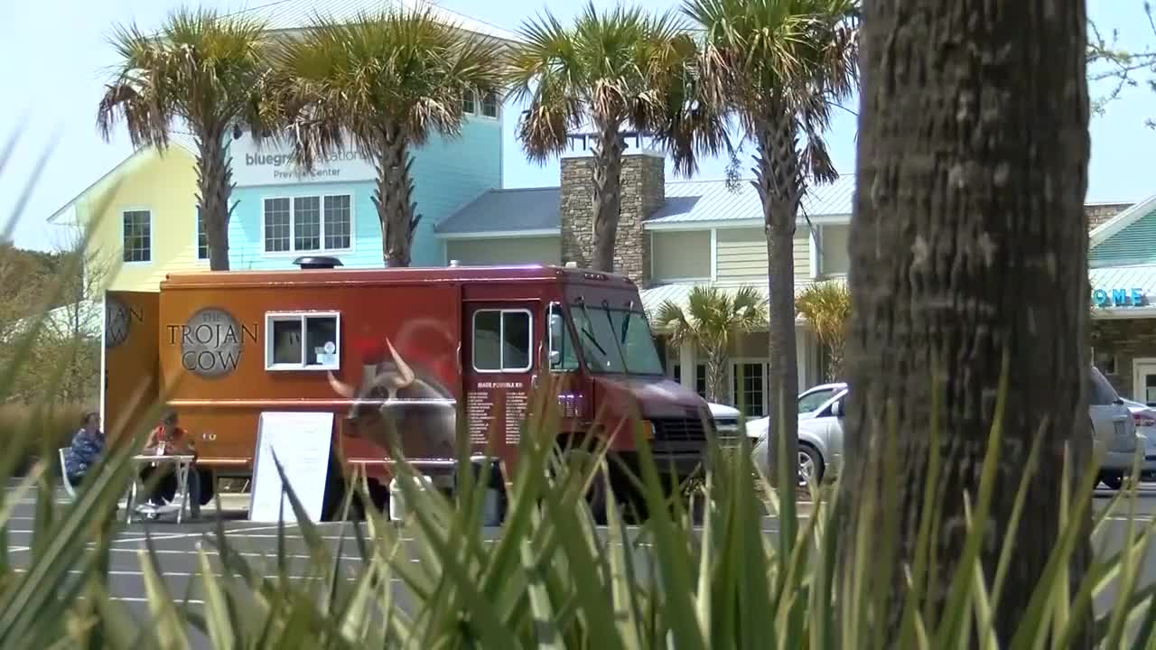 Myrtle Beach leaders look to revamp food truck ordinance in 2019