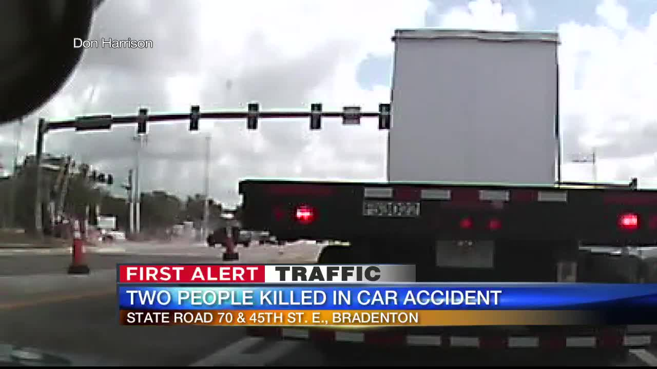 VIDEO: Car speeds through intersection, smashes into utility pole in