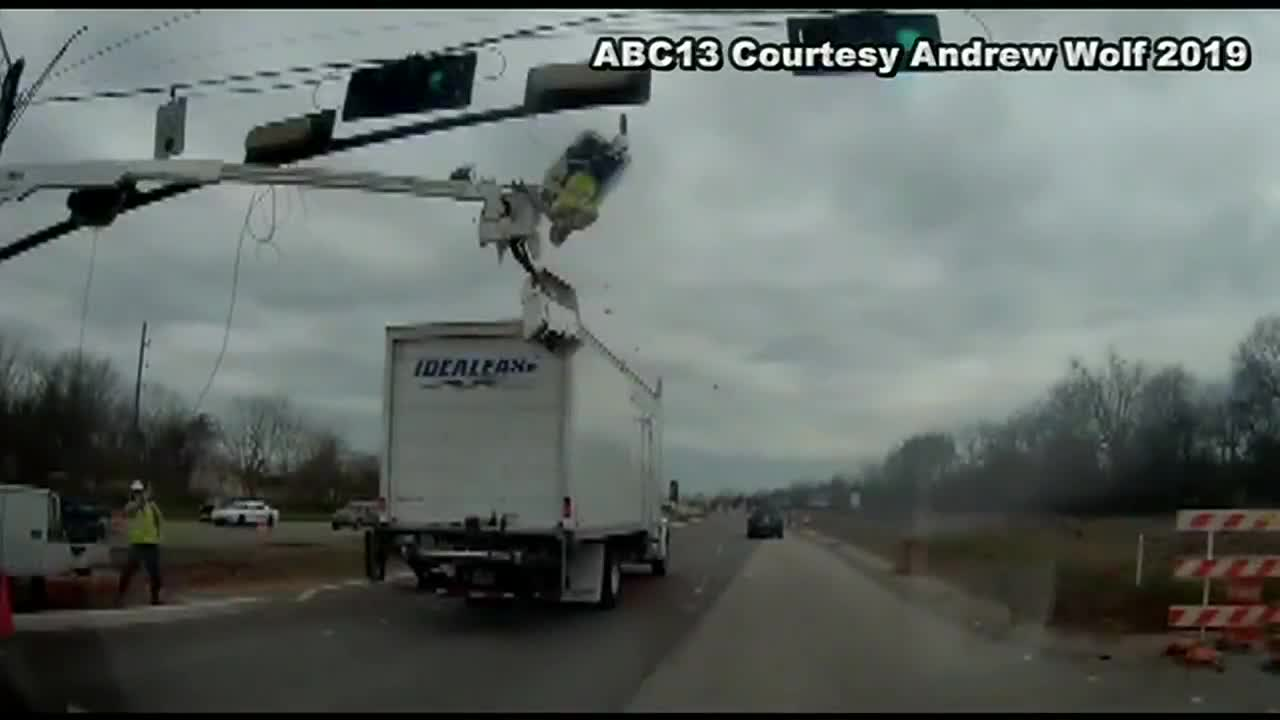 Caught On Camera Houston Worker Survives Flying Out Of Construction