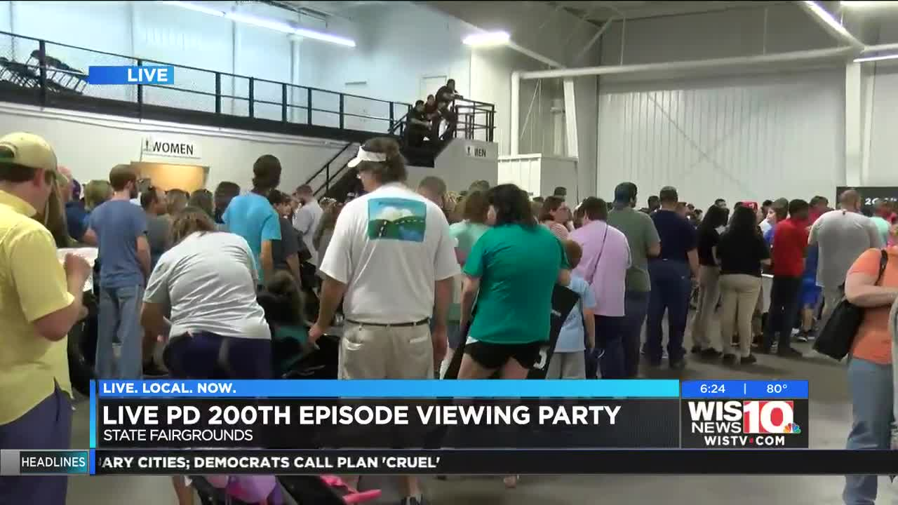 Hundreds of fans celebrate the 200th episode of 'Live PD