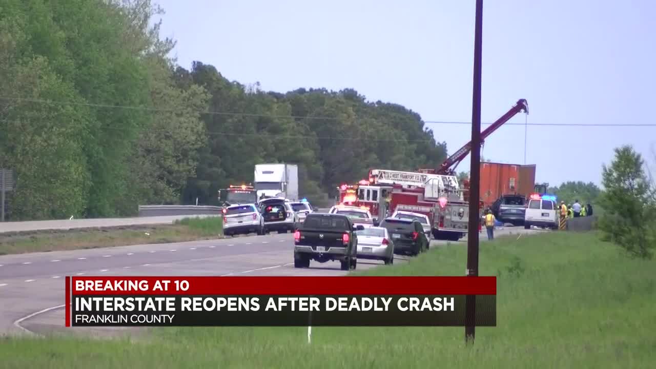 5 Memphians die in crash with semi in Southern Illinois