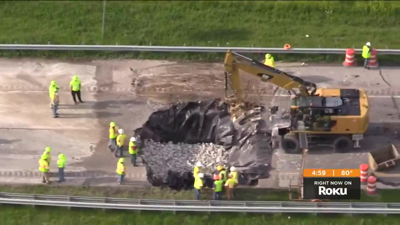 2 dead, 3 injured in chain-reaction crash near sinkhole on I-265