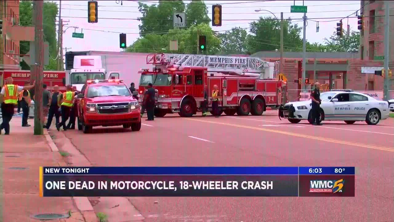 One man dead in motorcycle, 18-wheeler crash