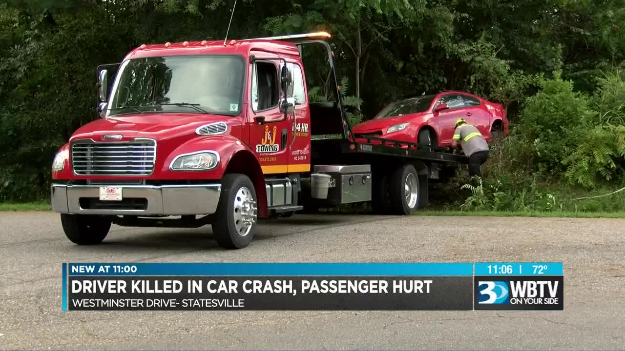 One killed, one seriously injured in Statesville crash
